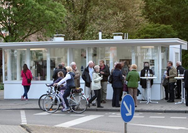 """Neue Ausstellungen in der """"Bühne"""" sorgen für Kommunikation und Austausch. Foto: Bettina Leuchtenberg"""