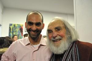 Werner Persy (rechts) mit dem Leiter der Galerie Neuesbild. Foto: privat